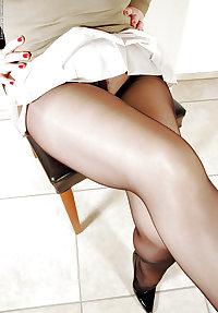 Knowing older lady in modern undies