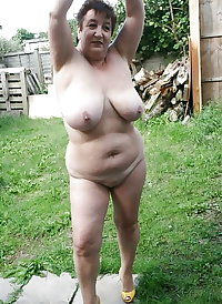 Granny has forgot to put her clothes on 6