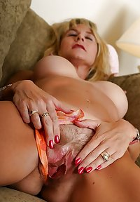 Milf Lana from OlderWomanFun