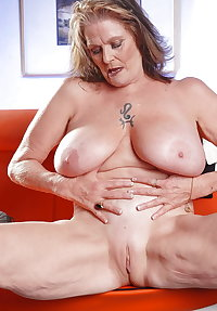 Granny With Big Boobs And Cute Pussy
