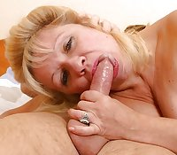 OLDER WOMAN LOVE COCK 18