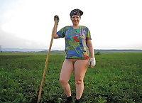 Grandma horny and fat - Oma geil und fett - 176