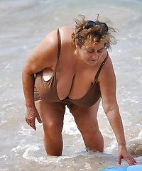 Candid Massive BBW Granny Tits
