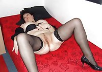 Old Mature stocking 01